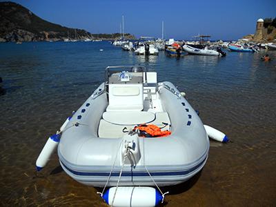 Stabilimento balneare isola del giglio playa del carma for Cabine di cresta antler